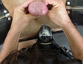 Mistress thrusting strapon into slaves ass-Picture2