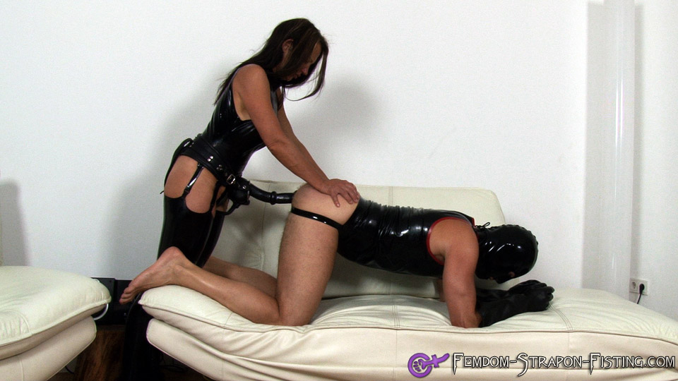 Man gets ass fucked by Mistress with long strapon