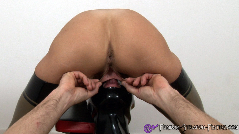 Eager sub pulls and spreads pussy lips of Dominatrix while eating her pussy